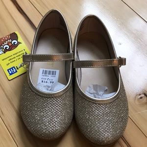Girls gold sparkle Mary Jane.  NWT.